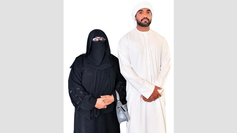 حسين ووالدته عقب إجراء عملية نقل الكلى. تصوير: نجيب محمد