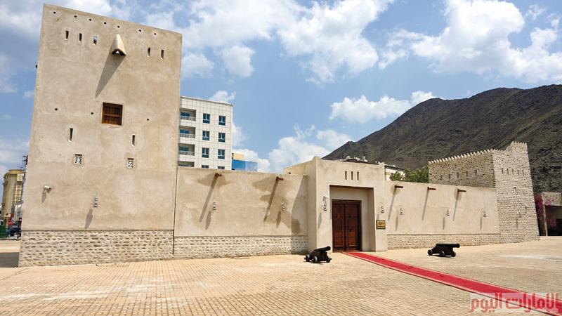 كما تمت إعادة ترميم برج الرابي المطل على مدينة خورفكان ويتميز بشكله المتعدد، وبرج العدواني المطل على بحر العرب ذي الشكل الفريد، وكان يستخدم كمنارة لدخول الخليج العربي.