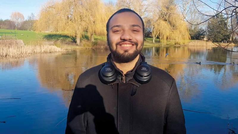 عمر المالكي:  «أسعى للمشاركة في خلق نظام أمني إلكتروني  قوي في الدولة يحمينا من الاختراقات».  شبابنا في الخارج