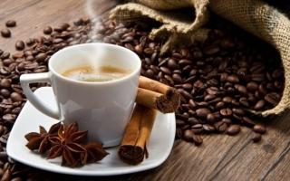 الصورة: أخصائي تخفيض وزن يقترح مشروباً بديلاً عن القهوة