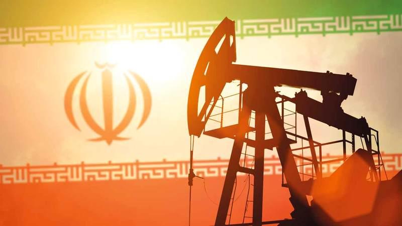 العقوبات ستخلّف آثاراً جسيمة على الاقتصاد الإيراني. أرشيفية