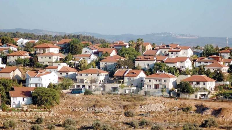 خط المياه الجديد سيخترق أراضي القرى الفلسطينية وصولاً إلى المستوطنات. الإمارات اليوم