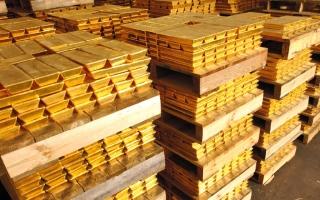 الصورة: الذهب يرتفع وسط قلق بالأسواق العالمية جراء تهديد ترامب بالرسوم