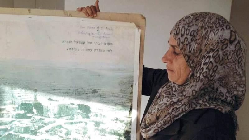 رئيس جمعية قرية النبي صموئيل النسوية نوال بركات. الإمارات اليوم
