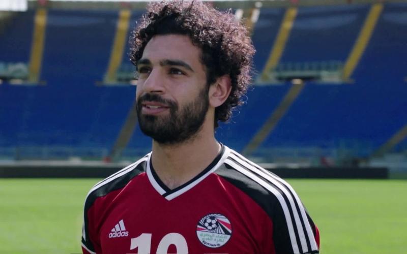 """الصورة: بالفيديو: اتصالات """"المدمنين"""" زادت 400 % بسبب محمد صلاح"""