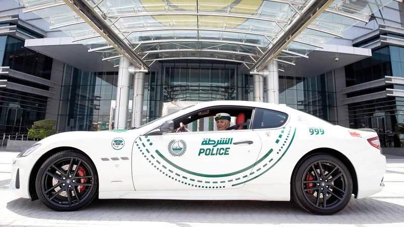 السيارة مزودة بمحرك 8 أسطوانات بسعة 4.7 ليترات وقوة 460 حصاناً. من المصدر