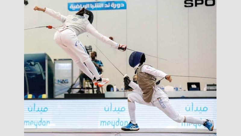 250 لاعباً ولاعبة يشاركون في منافسات المبارزة بدورة ند الشبا. من المصدر