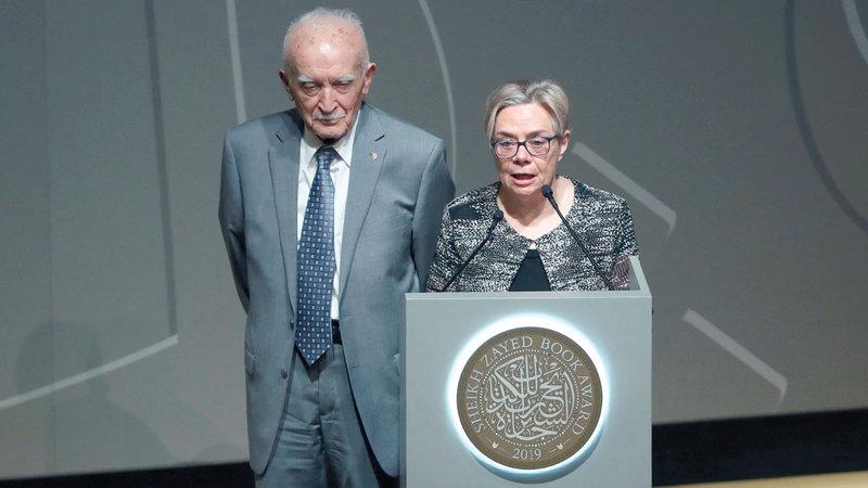 ياروسلاف وسوزان ستيتكيفيتش الفائزان بجائزة شخصية العام الثقافية في الدورة الأخيرة. أرشيفية