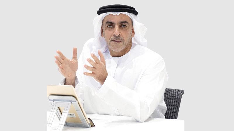 سيف بن زايد متحدثا خلال اجتماع إدارة المكافآت السلوكية. من المصدر