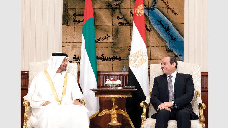 محمد بن زايد والسيسي حذرا من أن أي استهداف للسعودية واستقرارها يمثل استهدافاً لأمن المنطقة والعالم. وام