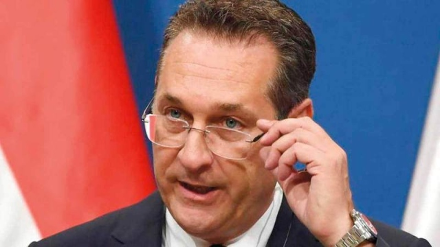 استقالة نائب المستشار النمساوي بسبب «فضيحة إيبيزا»