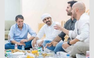 الصورة: «إفطار القيم الإماراتية».. 40 استضافة للمقيمين في منازل إماراتية