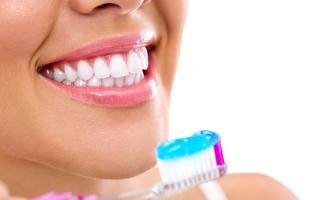 الصورة: مشكلات الأسنان وأمراض القلب.. هل هناك علاقة بينهما؟