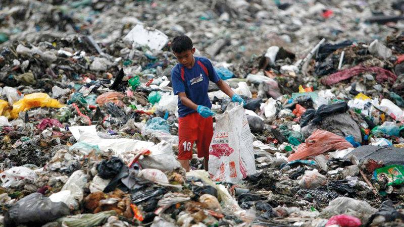 النفايات البلاستيكية مصدر للتلوث البيئي وخطر على صحة الإنسان.  أرشيفية
