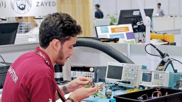 69 برنامجاً على بوابة التعليم الافتراضية يوفرها «أبوظبي