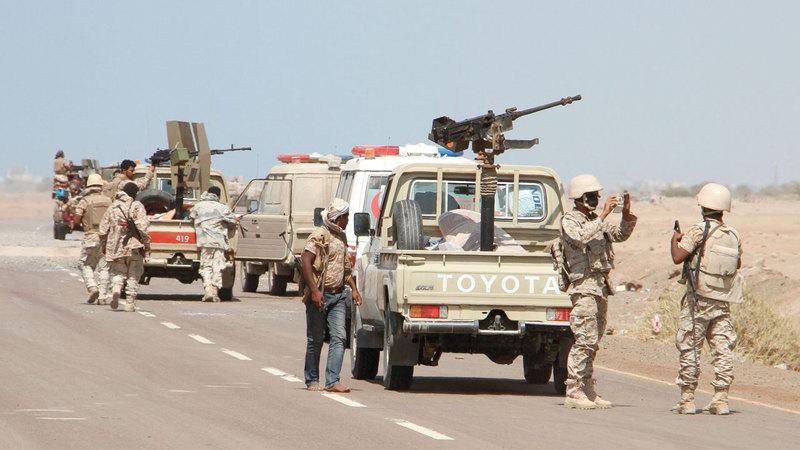 قوات من الشرعية في إحدى مناطق المخاء. أ.ف.ب
