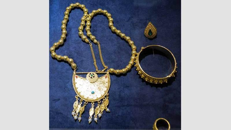 الجدة أم سعيد الذهب زينة الإماراتيات في كل زمان حياتنا ثقافة الإمارات اليوم