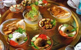 الصورة: 5 نصائح غذائية ليوم العيد