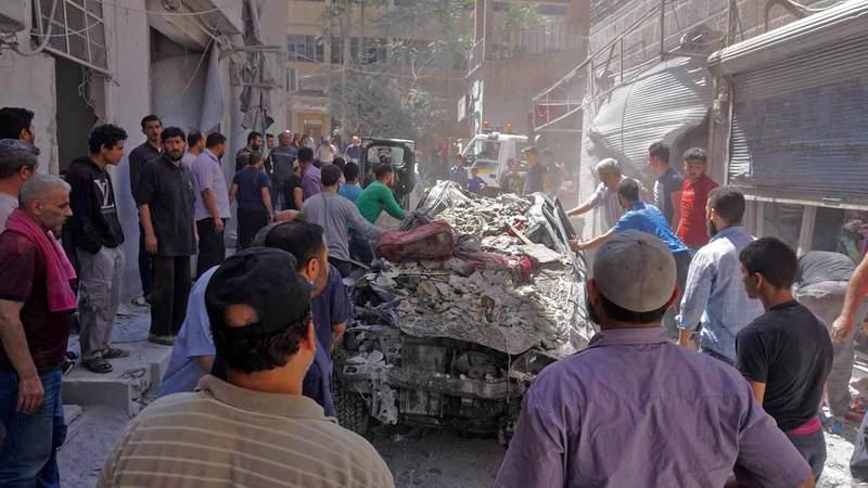 مشاهد الدمار عادت إلى الساحة السورية مجدداً وهذه المرة في إدلب.  أ.ف.ب