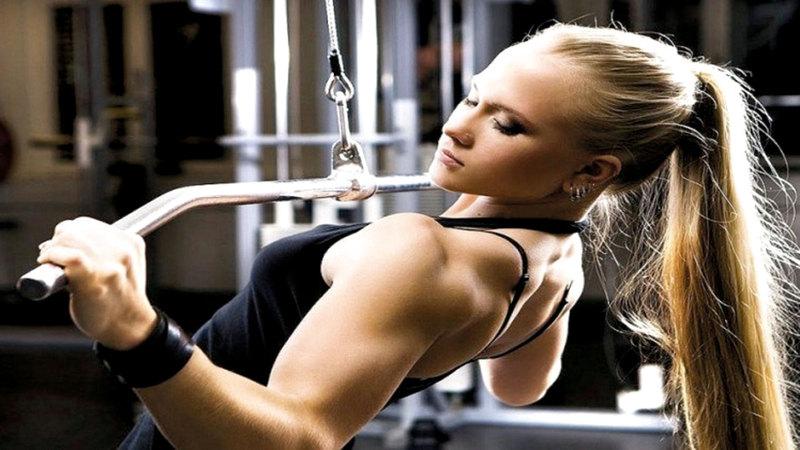 عدد النساء اللاتي يقبلن على رياضة رقع الأثقال في تزايد بشكل عام.  أرشيفية