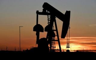 الصورة: النفط يرتفع بعد هبوطه إلى أدنى مستوياته في 5 أشهر