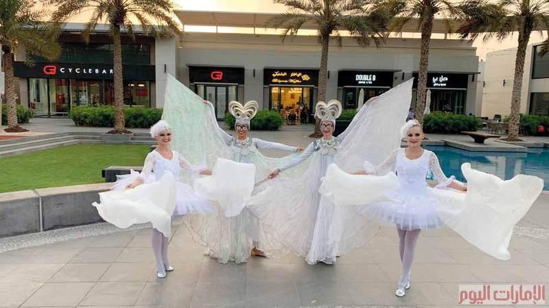 وتتضمن احتفالات العيد في دبي، أيضاً، العديد من الحفلات الموسيقية والعروض والفعّاليات الترفيهية التي تناسب جميع أفراد العائلة، مثل سباق «دبي ديزارت رود رن» السنوي