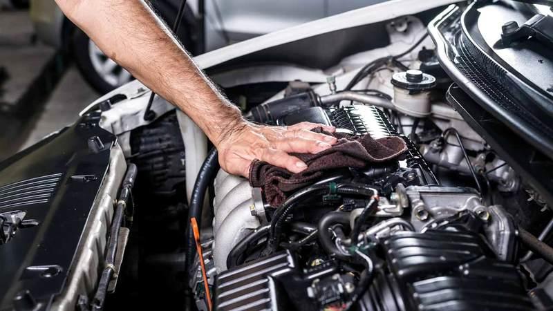 شركات التأمين عموماً توفّر الصيانة داخل الوكالة للعامين الأول والثاني. غيتي