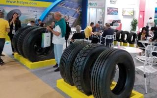 الصورة: ارتفاع المواد الخام عالمياً يزيد أسعار إطارات السيارات محلياً بنسب تصل إلى 10%