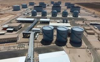 الصورة: «أبوظبي للتنمية» يدعم مشروعاً للمشتقات النفطية في الأردن بـ 771 مليون درهم