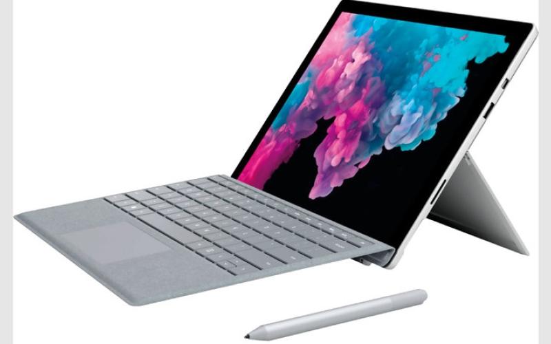 الصورة: «مايكروسوفت» و«أبل» تقرران تحويل الحاسبات اللوحية إلى «محمولة»
