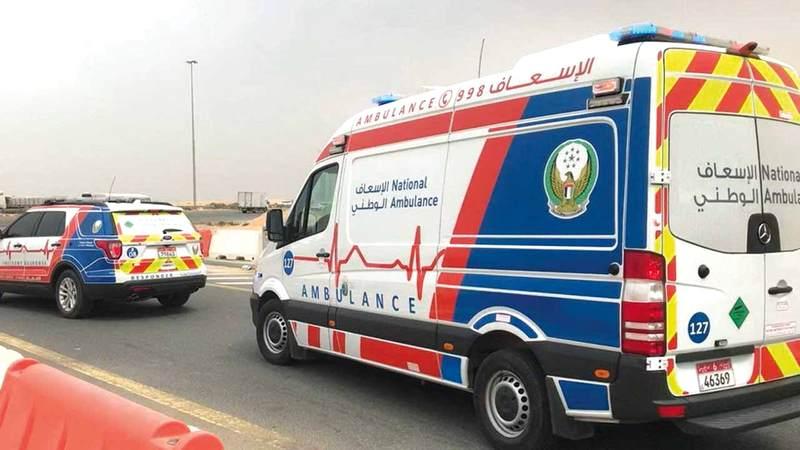 الإبلاغ عن الحالات الطارئة عبر رقم طوارئ الإسعاف الوطني 998. من المصدر