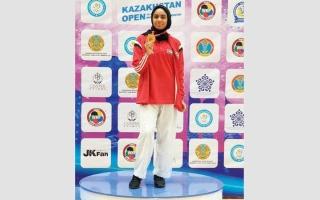 الصورة: سارة العامري تنتزع ذهبية بطولة كازاخستان المفتوحة للكاراتيه