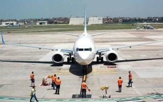 الصورة: «فلاي دبي» أول ناقلة إماراتية تربط  بين دبي ونابولي