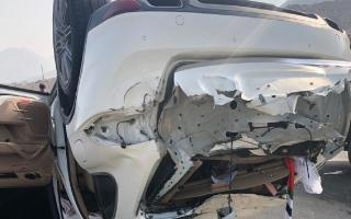 الصورة: وفاة معلمة مواطنة إثر انحراف وتدهور مركبتها في رأس الخيمة