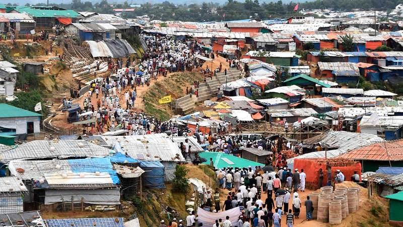 مخيمات الروهينغا تفتقر إلى الضروريات الأساسية مثل الرعاية الصحية والتعليم. أرشيفية