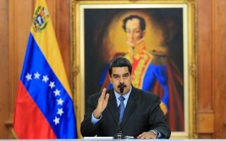 """الحكومة الفنزويلية تعلن إفشال محاولة """"انقلاب"""""""