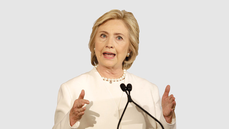 هيلاري كلينتون لم تنجُ من سخرية جونسون اللاذعة. أ.ب