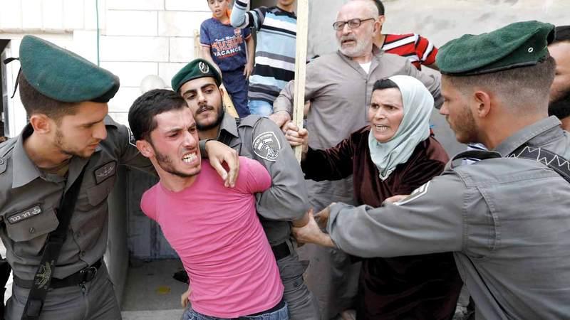 عدد كبير من الديمقراطيين يعارض سياسات إسرائيل في انتهاك الحقوق الفلسطينية.  أ.ف.ب