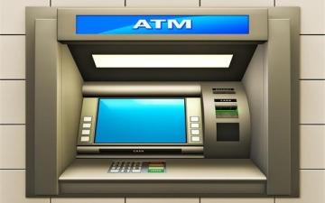 الصورة: لص يسرق ماكينة صرّاف آلي أثناء شحنها بالأموال