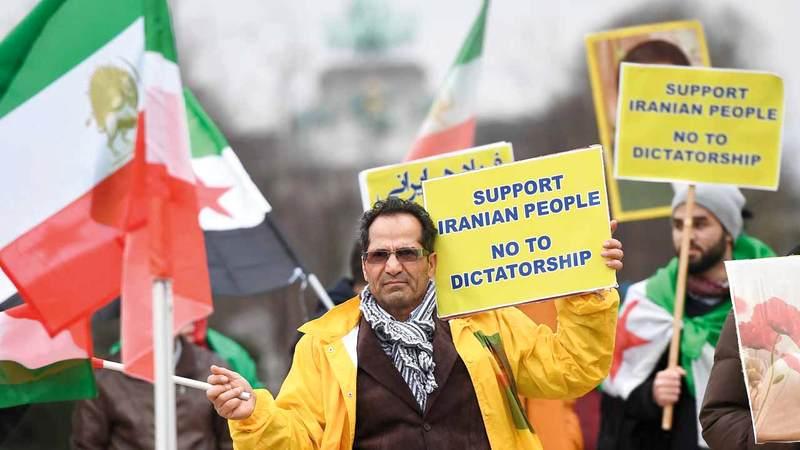 التظاهرات في إيران انطلقت من معظم المدن الدينية.. وكان أنصارها يريدون مزيداً من الفرص وتطوير الاقتصاد.  أ.ف.ب
