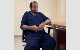 الصورة: «السكري» يفقد «جمال» بصره.. ومشروع عطور يقوده إلى السجن
