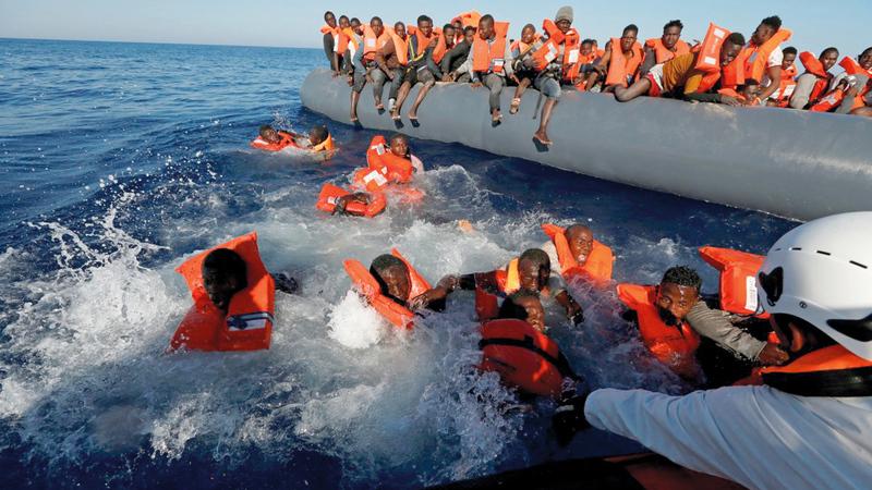 حوادث غرق القوارب التي تقل المهاجرين تتكرر قبالة السواحل الليبية خصوصاً في الصيف. أرشيفية