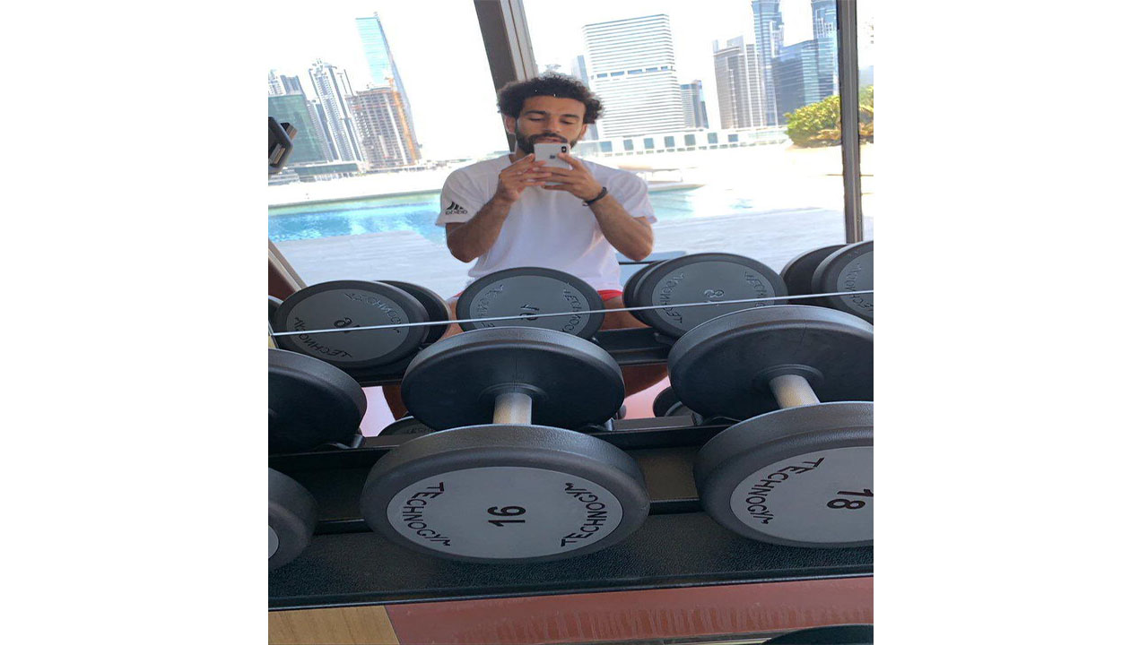 محمد صلاح يستعد للموسم الجديد في دبي