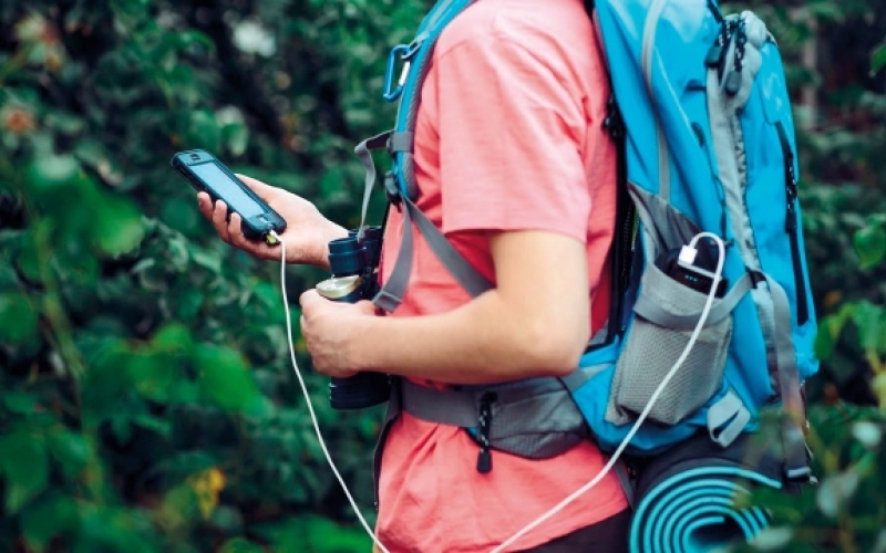 الصورة: نصائح وتدابير تقنية للسياح أثناء السفر والرحلات