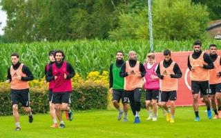 الصورة: الوحدة يختتم مبارياته الودية بمعسكر هولندا اليوم