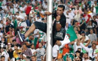 """الصورة: رابح ماجر يتحدث لـ """"الإمارات اليوم"""" عن نهائي كأس الأمم الإفريقية"""