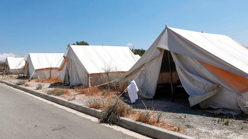 مخيم يستقبل اللاجئين والباحثين عن اللجوء. أ.ف.ب