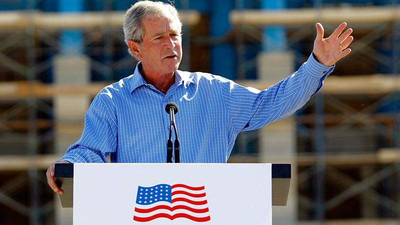 المبادرة الصحية ساعدت على تلميع اسم بوش الابن بعد أن تلطخ نتيجة مغامراته في الشرق الأوسط.  غيتي