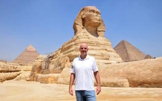 """الصورة: بالصور.. انفانتينو: """"حين بني المصريين القدماء الأهرامات كان بقية العالم يعيشون في كهوف"""""""