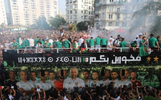 الصورة: بالصور.. شاهد احتفال الجزائر بحافلة أبطال إفريقيا 2019